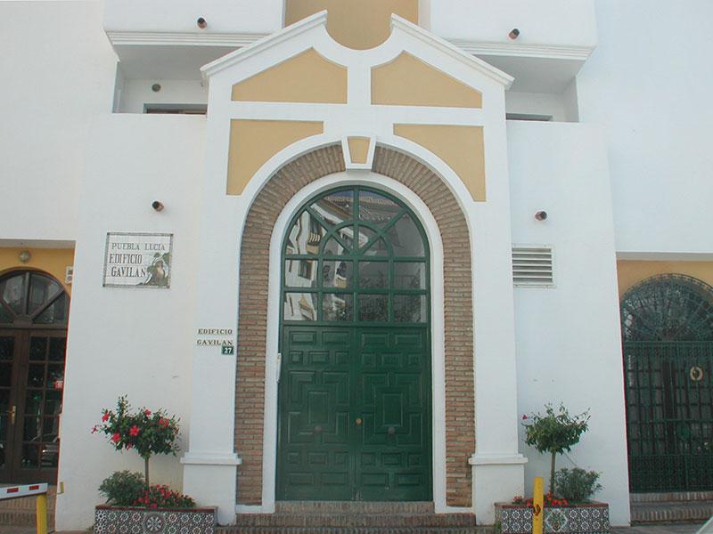 12--Gavilan--front-door