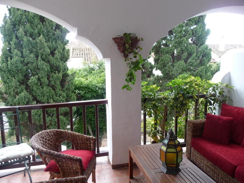 4 balcony